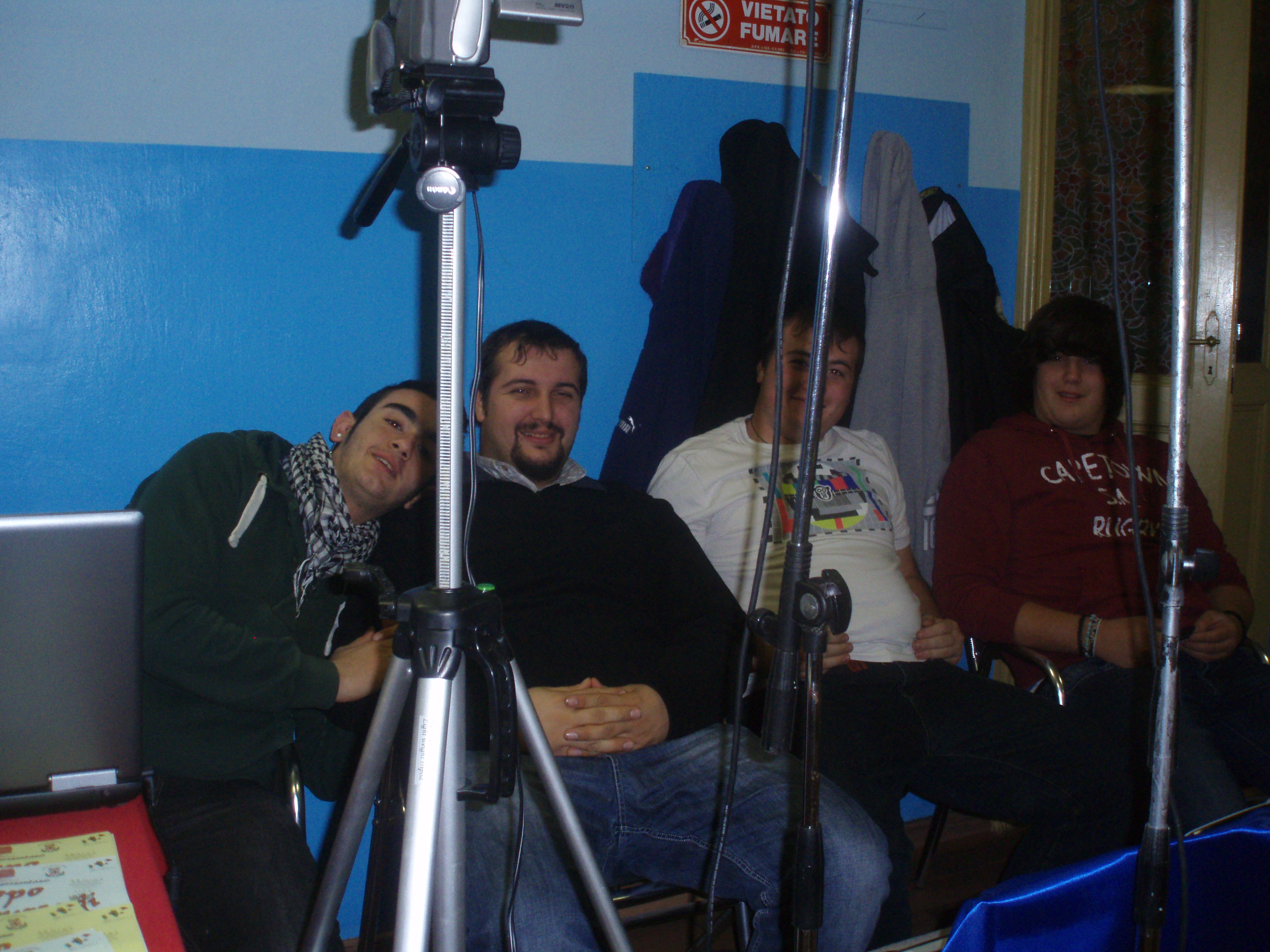 Docente e studenti ITIS Santhià in stage esterno per ripresa audiovisiva