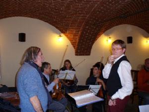 M°Arturo Sacchetti e M° Lorenzo Battagion alla prva d'orchestra  dicembre 2009